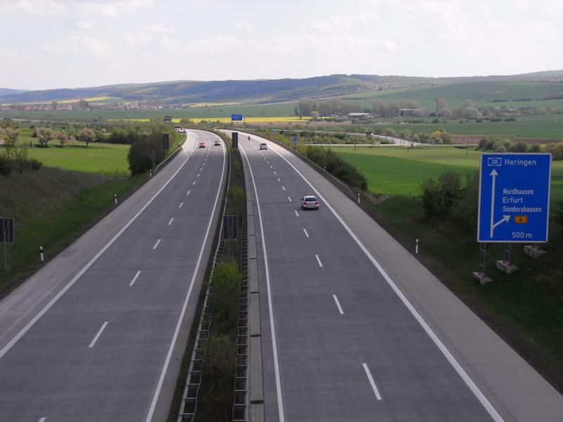 Autobahnabfahrt bei Sundhausen