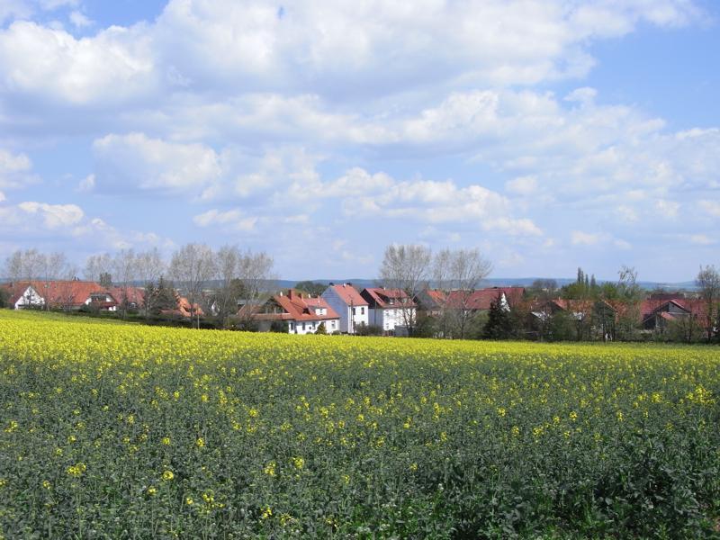 Neue Straße, Blick vom Kesselberg